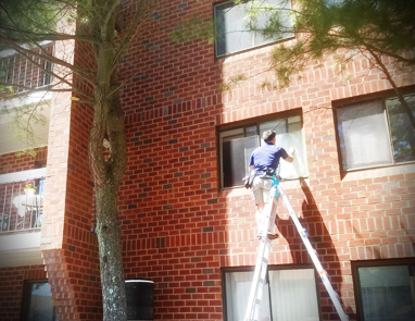apartment and condo building window cleaner